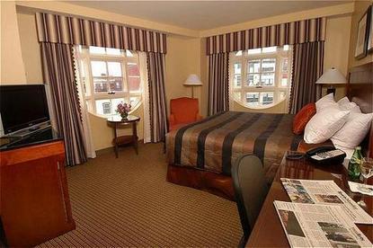 The Inn At Harvard Hotel