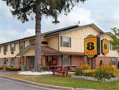 Super 8 Motel   Lee/Berkshires/Outlet Area