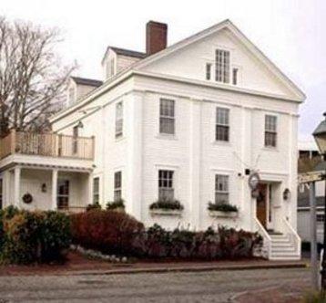 Nantucket Whaler Guest House
