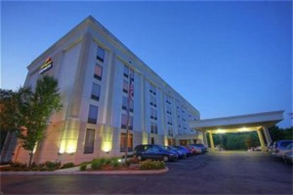 Holiday Inn Express Lawrence Andover
