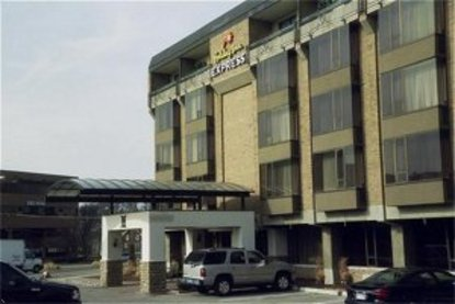 Holiday Inn Express Detroit   Birmingham