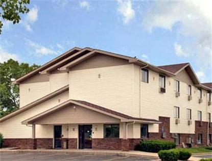 Super 8 Motel   Lansing