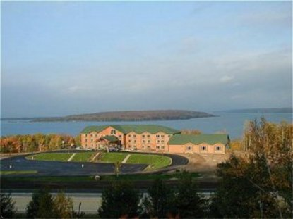 Holiday Inn Express Munising Lakeview