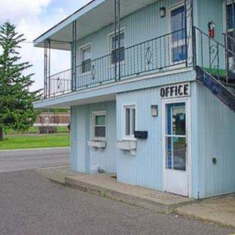 Wood Motel Sturgis