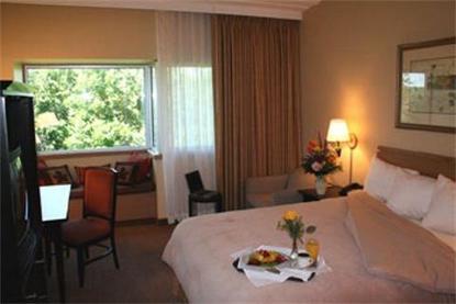 Oak Ridge Hotel