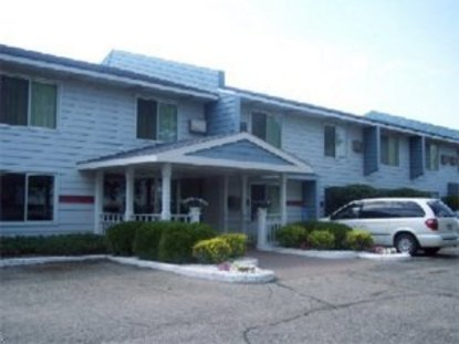 Select Inn Faribault