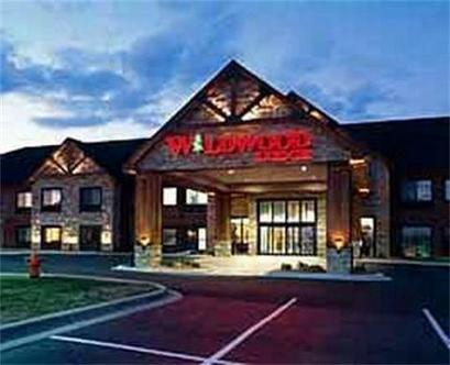 Wildwood Lodge Lake Elmo Lake Elmo Deals See Hotel Photos Attractions Near Wildwood Lodge
