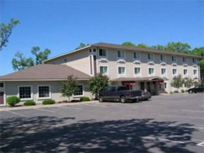 Budget Host Inn And Suites North Branch