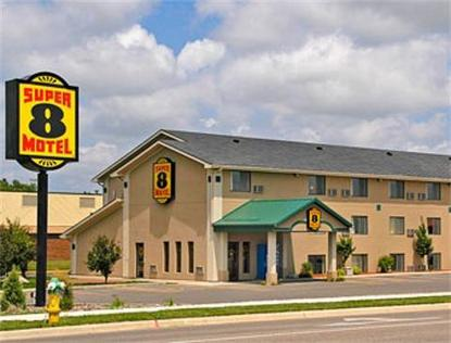 Super 8 Motel   Willmar