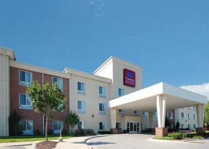 Comfort Suites Independence Blue Springs Deals See Hotel Photos Attractions Near Comfort