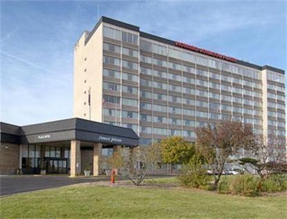 Howard Johnson Plaza Hotel Kci Airport