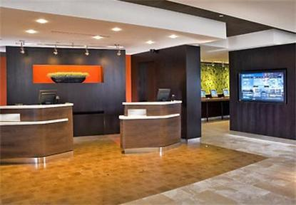 Courtyard By Marriott Saint Louis Downtown