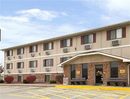 Super 8 Motel   Sedalia