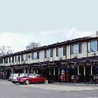Bayview Inn Budget Host