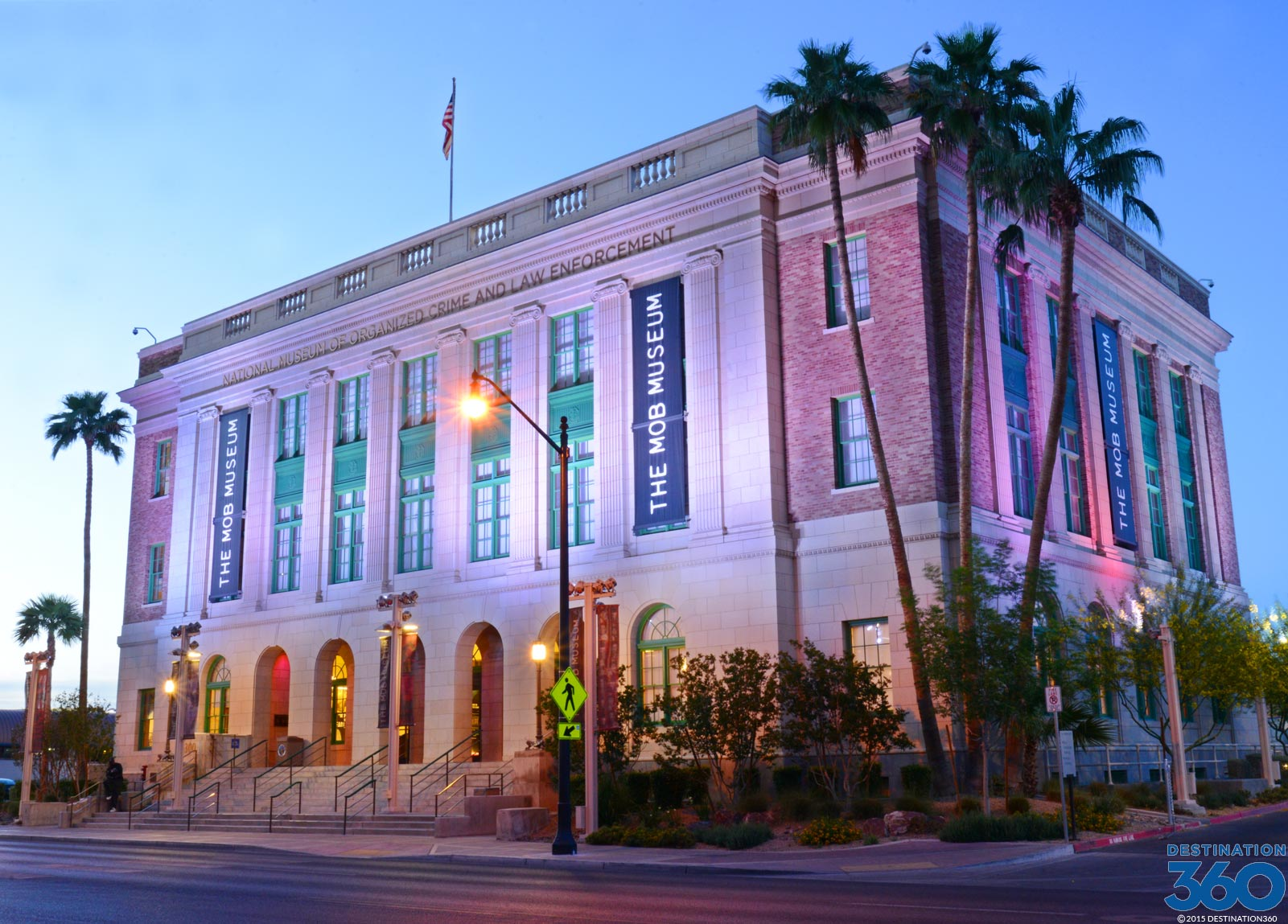 las vegas attractions a list of free attractions in las vegas. Black Bedroom Furniture Sets. Home Design Ideas