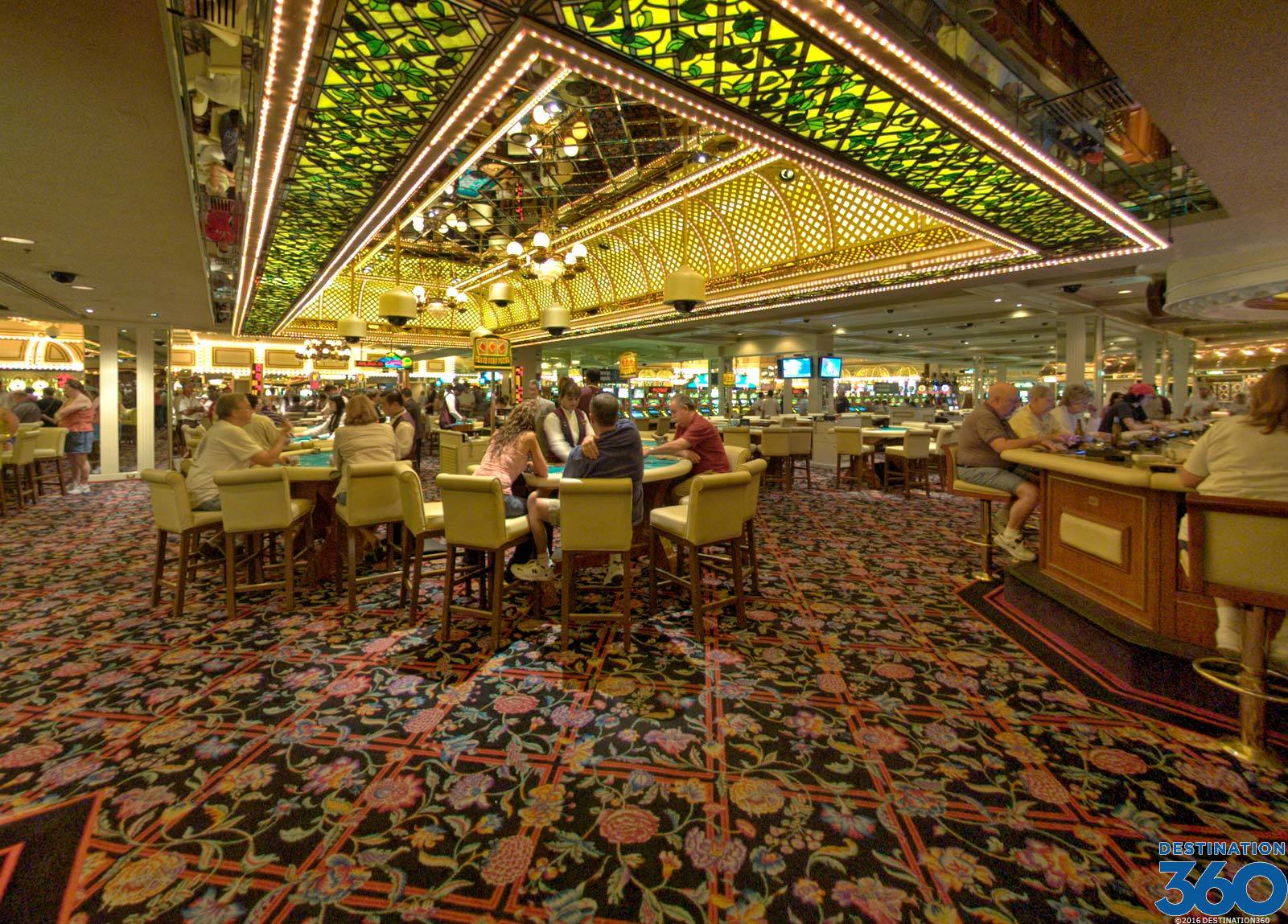 How old to get in vegas casino