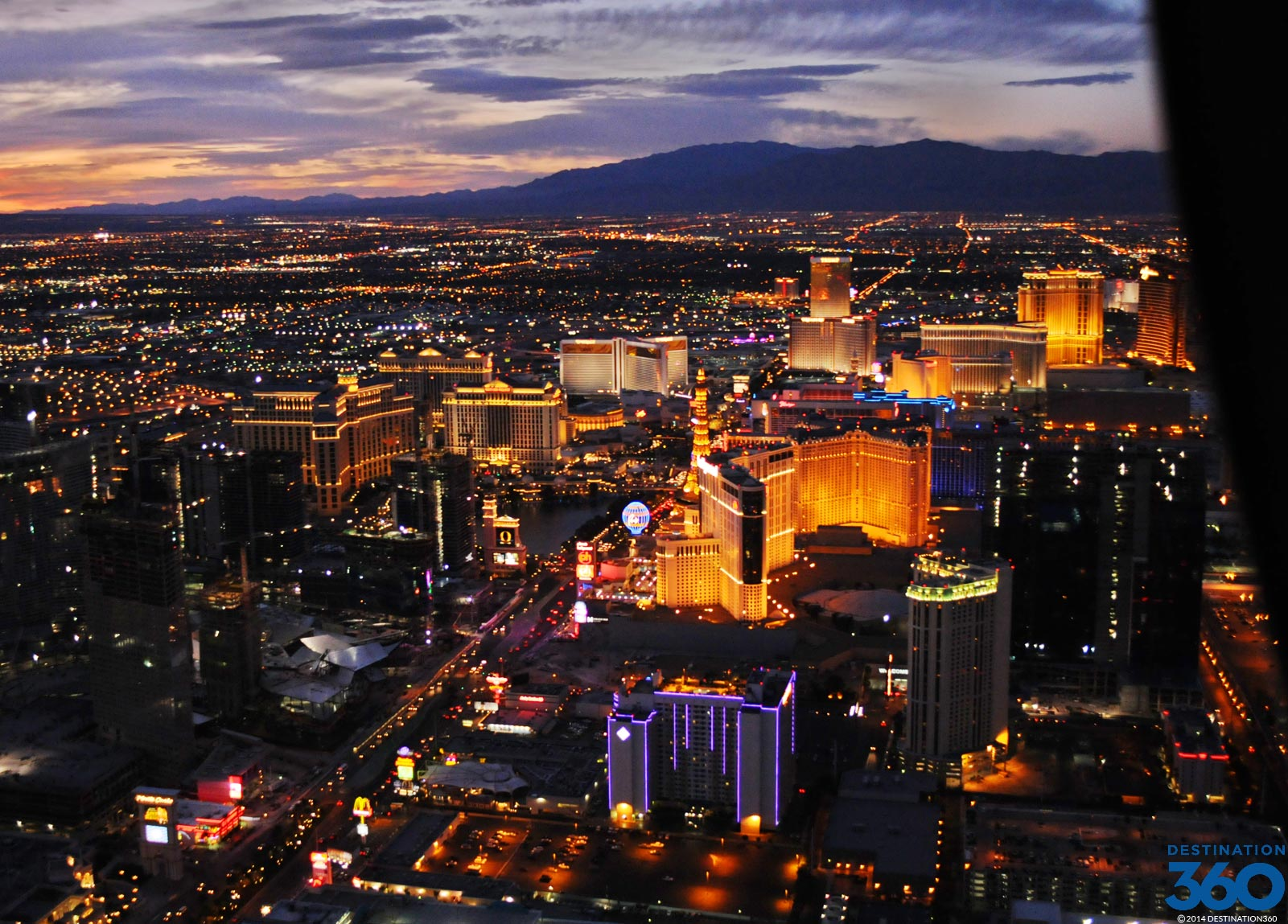 Vegas Strip Helicopter Tour At Night  Get Details On Vegas Helicopter Rides