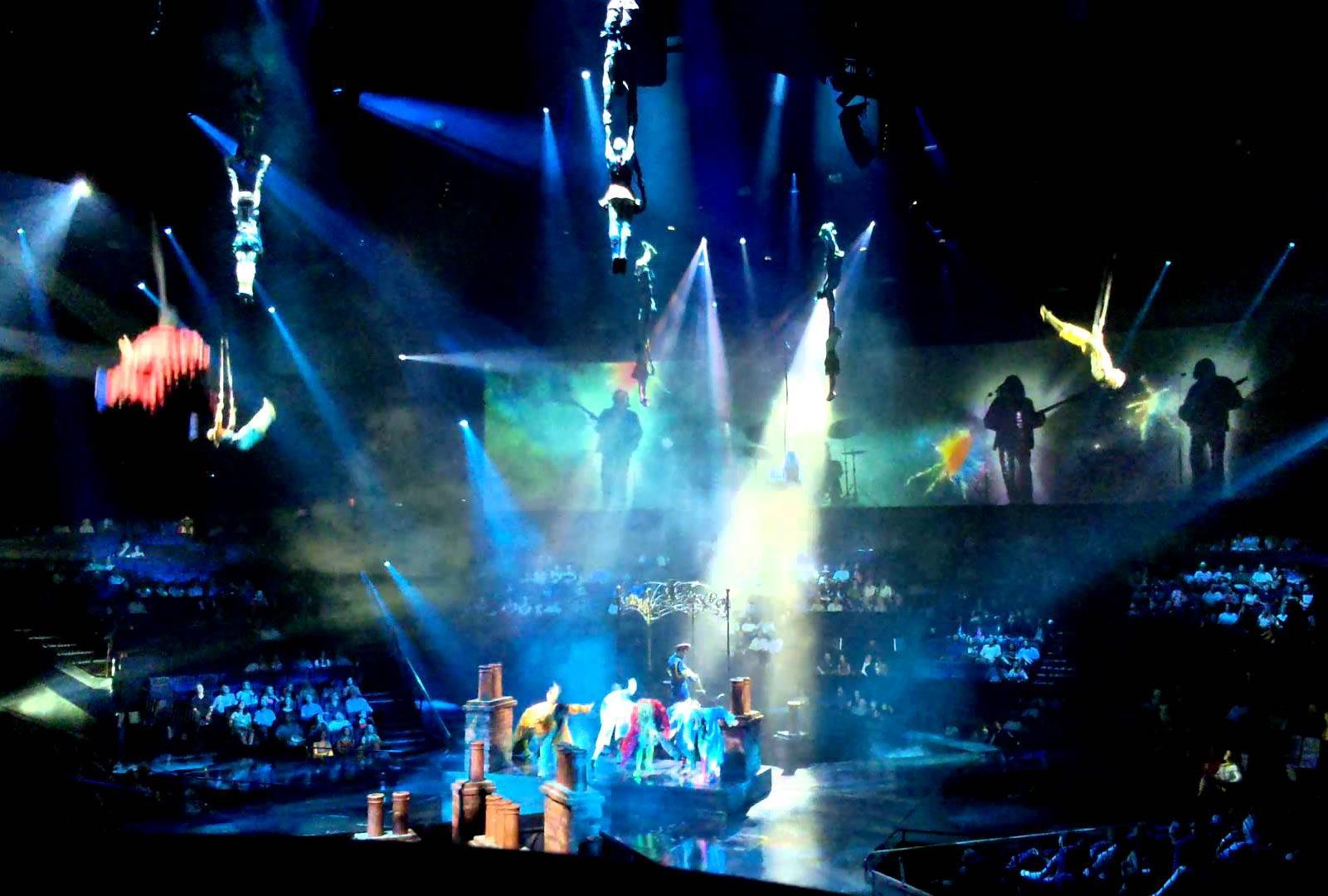 cirque du soleil christmas