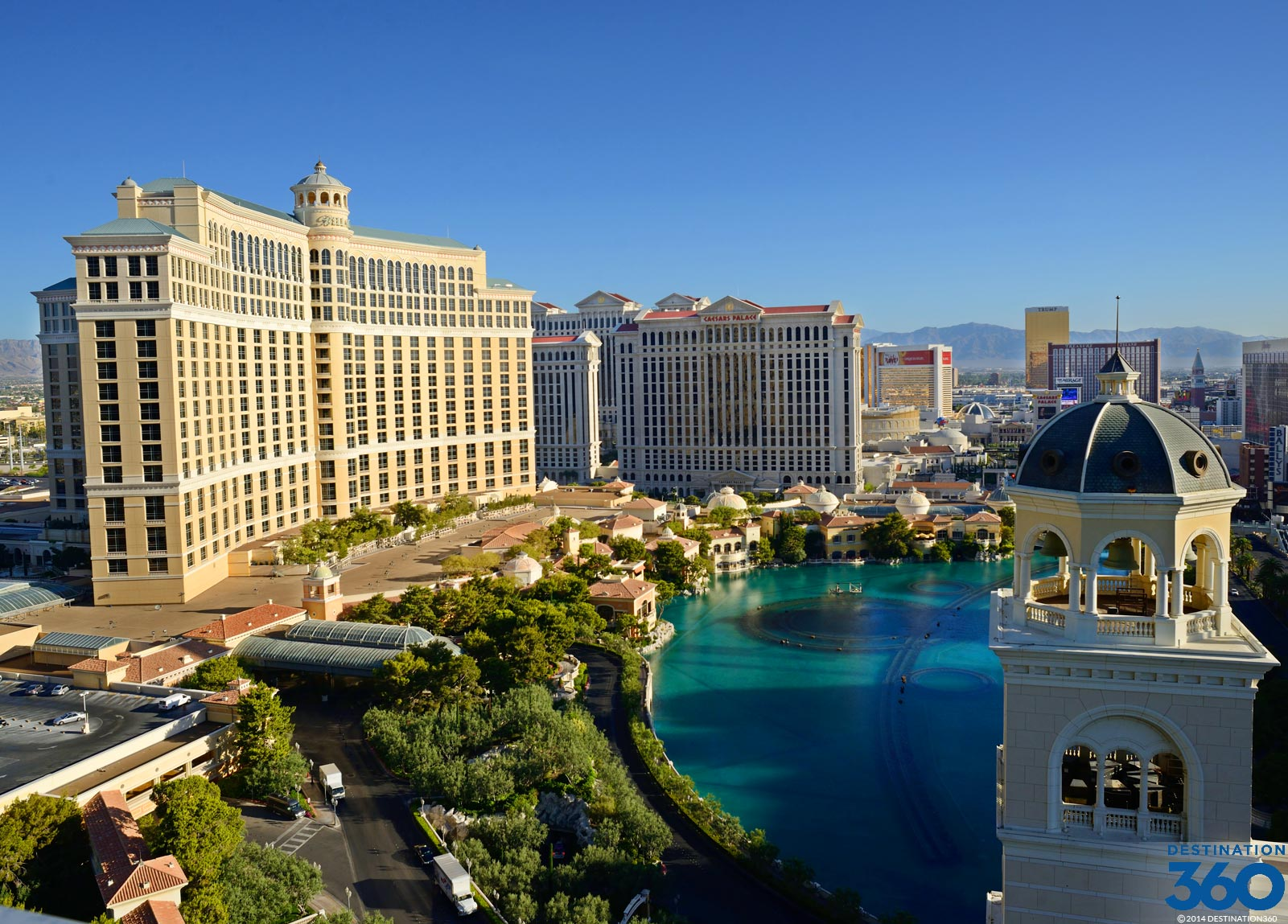 Las vegas luxury hotels for Top luxury hotels