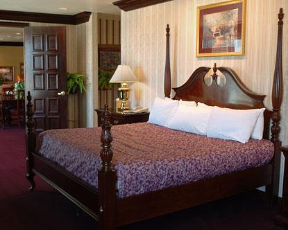 Orleans hotel suite las vegas for 360 salon fremont