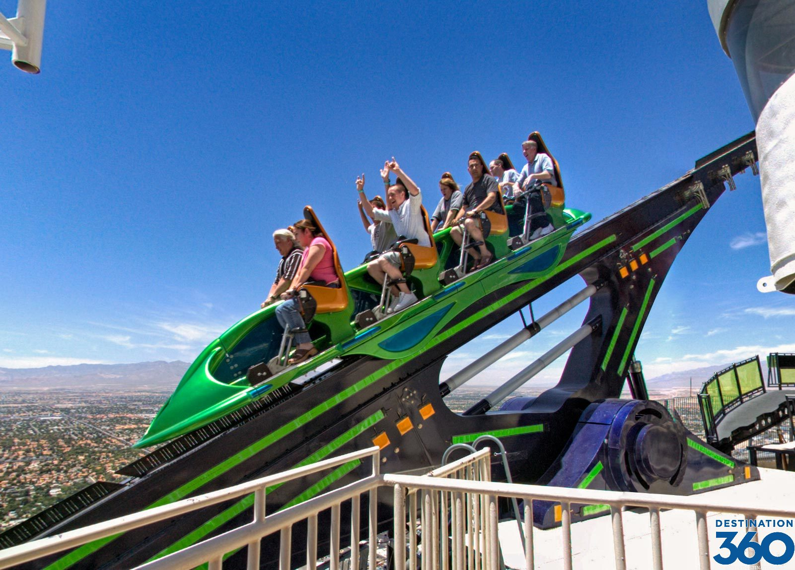 Las Vegas Roller Coaster - Stratosphere Tower - X Scream