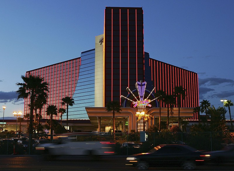Rio suites hotel and casino las vegas roulette wheel what is the payout of betting on a color