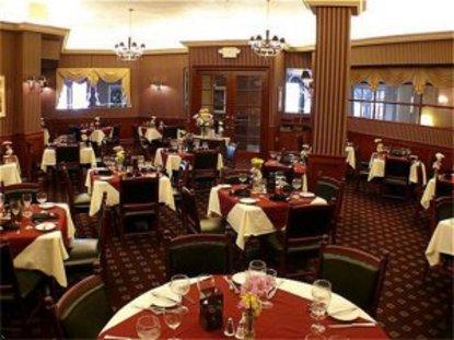 Crowne Plaza Hotel Edison