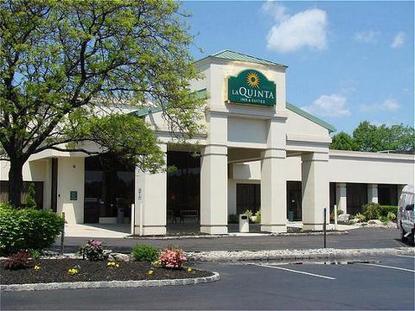 La Quinta Inn & Suites Fairfield, Fairfield Deals - See ...