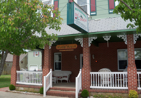 Holly Beach Hotel Bed and Breakfast