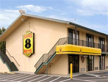 Super 8 Motel   Raritan