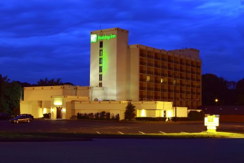 Holiday Inn Saddle Brook Saddle Brook Deals See Hotel