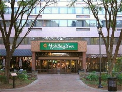 Holiday Inn Harmon Meadow Secaucus Deals See Hotel