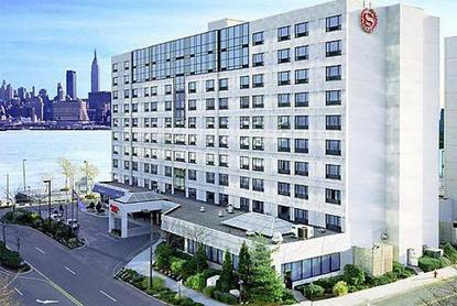 Sheraton Suites On The Hudson