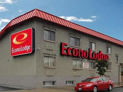 Econo Lodge Bronx