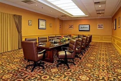 Clarion Hotel Riverside