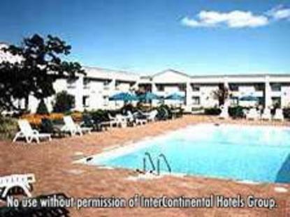 Holiday Inn Long Island   Islip Airport