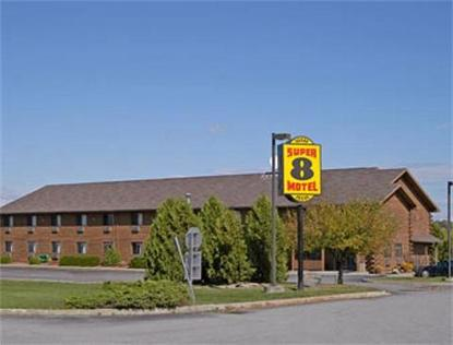 Super 8 Motel   Ticonderoga