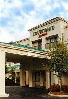 courtyard by marriott asheville asheville deals see. Black Bedroom Furniture Sets. Home Design Ideas