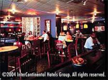 Holiday Inn Charlotte Airport