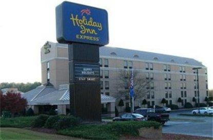 holiday inn express goldsboro goldsboro deals see hotel. Black Bedroom Furniture Sets. Home Design Ideas
