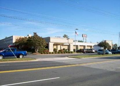 Clarion Hotel Greensboro