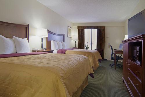 Best Western Inn And Suites   Monroe