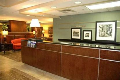 hampton inn monroe monroe deals see hotel photos. Black Bedroom Furniture Sets. Home Design Ideas