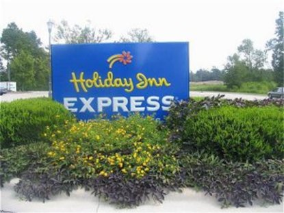 Holiday Inn Express Hotel & Suites Wallace Hwy 41