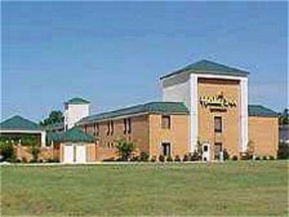 Holiday Inn Express Whiteville (701 By Pass)
