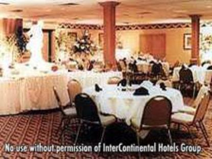 Holiday Inn North Canton