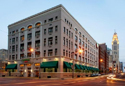 Courtyard By Marriott Columbus Downtown Columbus Deals
