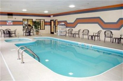 Holiday Inn Express Hotel & Suites Centerville