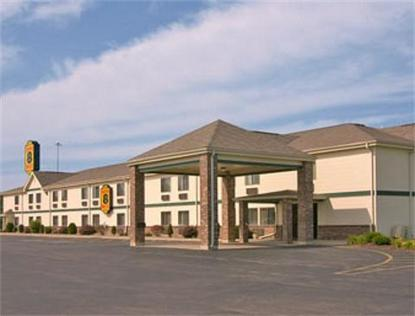 Super 8 Motel   Defiance
