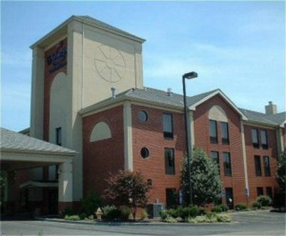 Holiday Inn Express Hotel & Suites Cincinnati Ne Milford